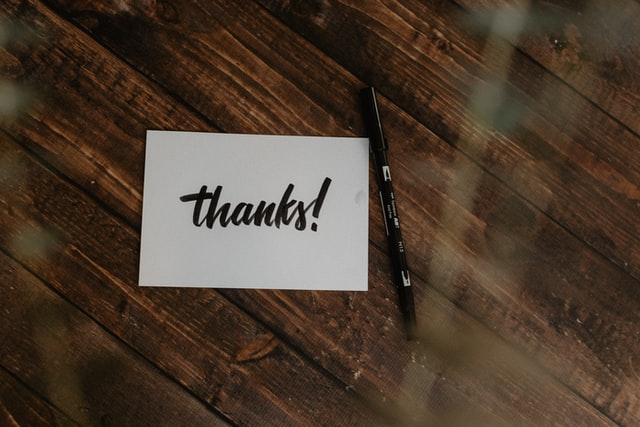 A business thank you note is ready to be written.