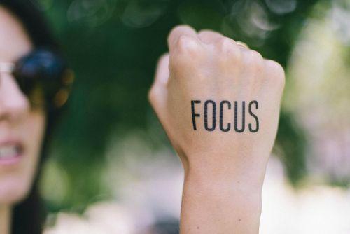 image of freelancer focusing at work