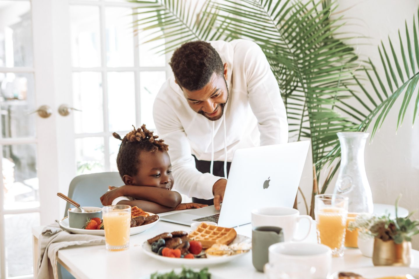 How to to manage your freelance business, when you become a parent