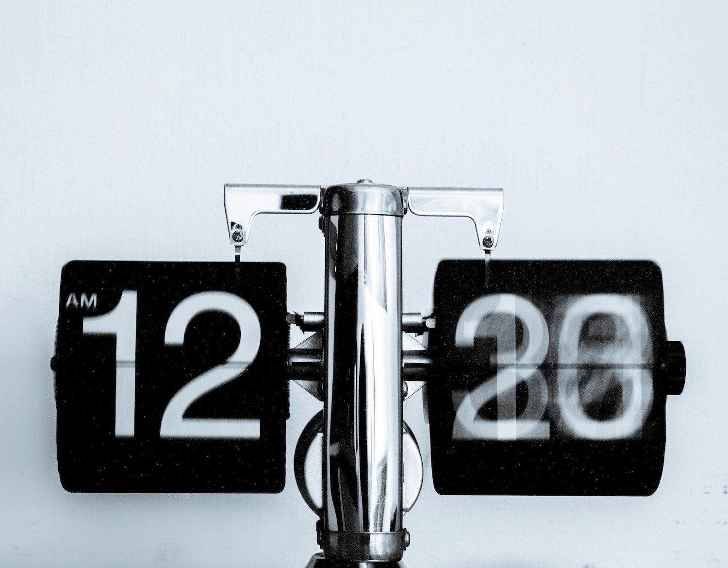 Clock ticking to show the importance of time management