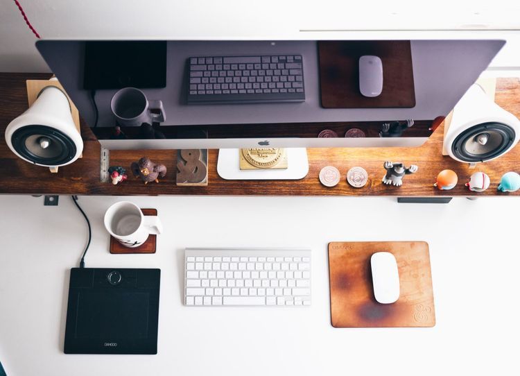 Tips to negotiating as a freelance graphic designer.