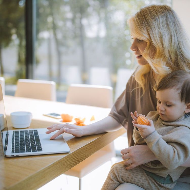Freelancer working with family