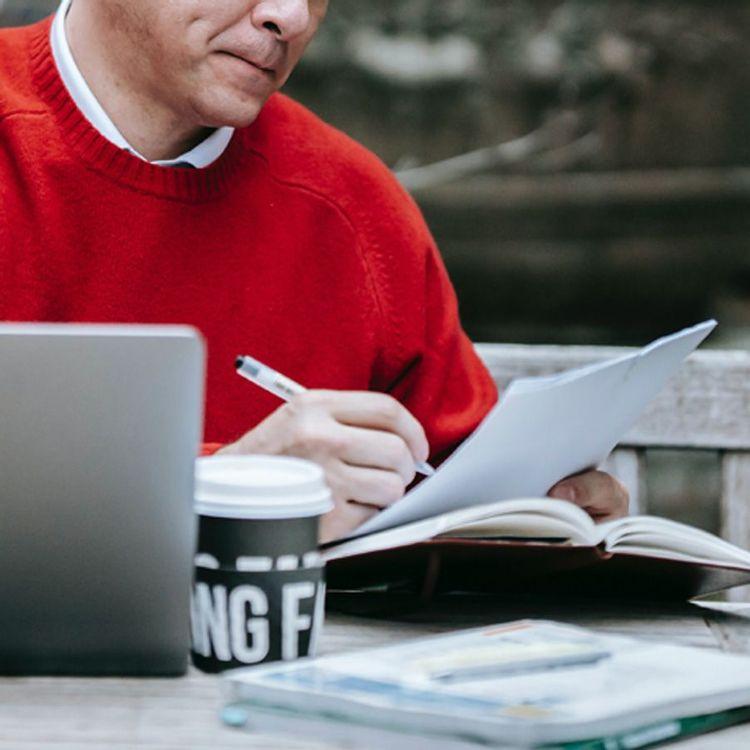 Freelance writer working outdoors