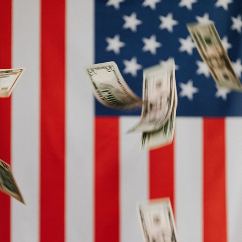 dollars as symbol of high rate